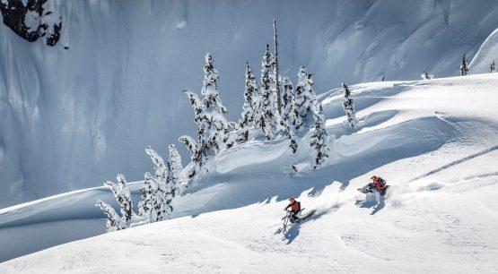 Heli-Snowbike-Snowmobile-Marc-Dionne-4_2000 (1)